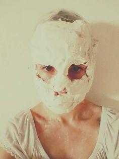 Tirando molde em gesso do rosto  isadorareimao.com