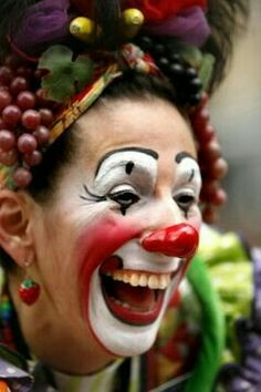 ❣Julianne McPeters❣ no pin limits Clown Faces, Creepy Clown, Female Clown, Clown Makeup, Halloween Makeup, Send In The Clowns, Clowning Around, Happy Smile, I'm Happy