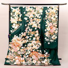 振袖レンタル|緑色  牡丹・桜柄 |KIMONO-PRO京都| Japanese Kimono, Japanese Art, Kabuki Costume, Kimono Design, Yukata, Embroidery Designs, Dressing, Textiles, Costumes