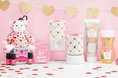 Wickless candles and scented fragrance wax for electric candle warmers and scented natural oils and diffusers. Shop for Scentsy Products Now! Scentsy Oils, Scentsy Uk, Valentines Day Shirts, Valentine Day Gifts, Apricot Blossom, Wall Fans, Mickey Minnie Mouse, Gift Guide, Party