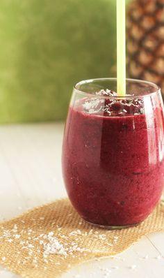 Smoothie Recipe: Caribbean Berry Smoothie #vegan #recipes #vegan #smoothie #healthy #plantbased #glutenfree #whatveganseat