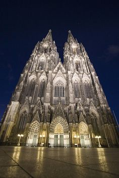 Koln (Cologne) Dom (Cathedral) - Koln Germany Germany's most visited landmark. 20,000 per day. Climb 509 stone steps up the narrow spiral tower for city and Rhine River view.