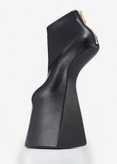 Brooklyn Museum: Killer Heels: The Art of the High-Heeled Shoe-#killerheels