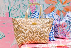 Lilly Pulitzer Resort Tote in Treasure- perfect travel bag