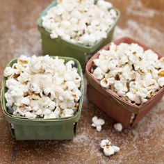 """Can you believe it is already December? Try a few new recipes before the new year like Spiced Sugar Christmas Popcorn. """"A great, cheap snack and makes a cute gift too!"""" says Jamie. Whether you are spending time decorating around the house or snuggled up next to the fire with the family, give this tasty treat a try in your Jme Really Good Rice Pot! http://ow.ly/rp3nb"""
