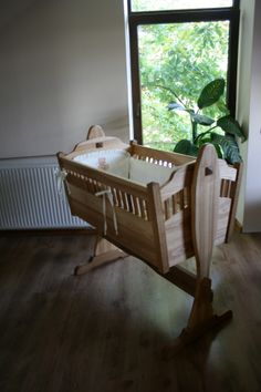 Baby cradle. Ash and oak.