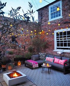 95 Small Courtyard Garden with Seating Area Design Ideas . - 95 Small Courtyard Garden with Seating Area Design Ideas Courtyard gardens, - Small Courtyard Gardens, Small Courtyards, Small Gardens, Courtyard Design, Courtyard Ideas, Backyard Patio, Backyard Landscaping, Backyard Designs, Landscaping Ideas