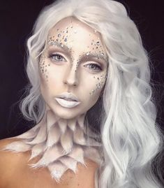 Here are the best Halloween makeup looks to copy today , Happy Halloween! Here are the best Halloween makeup looks to copy today Happy Halloween! Here are the best Halloween makeup looks to copy today. Ice Makeup, Ice Queen Makeup, Ice Princess Makeup, Creepy Halloween Makeup, Fröhliches Halloween, Halloween Costumes, Cosplay Makeup, Costume Makeup, Engel Make-up