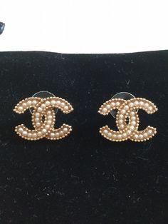 Chanel Seed Pearl Cc Stud Earrings Gold Metal