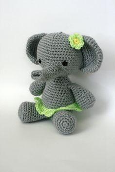 Elephant with green skirt and bow, Amigurumi, stuffed animal Crochet Animals, Crochet Toys, Crochet Baby, Crochet Things, Diy Crochet, Crotchet, Crochet Ideas, Craft Patterns, Crochet Patterns