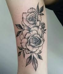 Black and grey rose arm tattoo Latest Tattoos, Up Tattoos, Future Tattoos, Body Art Tattoos, Small Tattoos, Sleeve Tattoos, Tattoos For Women, Tattos, Tattoos Skull