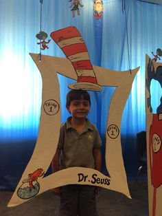 Cat in the hat photo booth