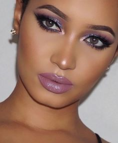 Gorgeous Makeup: Tips and Tricks With Eye Makeup and Eyeshadow – Makeup Design Ideas Flawless Makeup, Glam Makeup, Gorgeous Makeup, Pretty Makeup, Skin Makeup, Eyeshadow Makeup, Makeup Brushes, Makeup Eyebrows, Simple Makeup