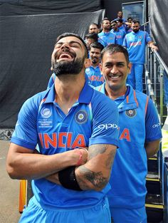 Virat Kohli wants Champions Trophy white jackets to 'fit better this time'- Virat Kohli and MS Dhoni share tales of the 2013 Champions Trophy win: economictimes.ind… Source by maleevarebello - India Cricket Team, Cricket Sport, Cricket World Cup, Live Cricket, Virat Kohli Beard, Cricket Poster, Ms Dhoni Wallpapers, Virat Kohli Wallpapers, Cricket Videos