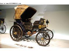 Daimler Riemenwagen (1895-1899) ✏✏✏✏✏✏✏✏✏✏✏✏✏✏✏✏ IDEE CADEAU / CUTE GIFT IDEA ☞ http://gabyfeeriefr.tumblr.com/archive ✏✏✏✏✏✏✏✏✏✏✏✏✏✏✏✏