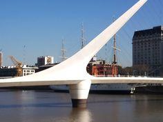 Puente de la mujer - Puerto Madero Arquiteto español Santiago Calavatra