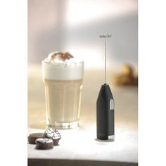 Creamy milk froths at the push of a button.  Working at a maximum speed of 12,000 rpm, the battery-powered appliance makes perfect froth.   #freeshipping