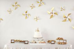 pinwheel backdrop - used at a 1st birthday but could work for a wedding!