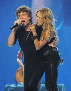 Sheryl Crow performed with Mick Jagger and the Rolling Stones in Chicago/June 2013