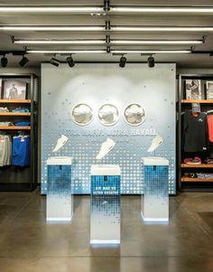 Nike Retail Interior/ Airmax 90 2015 / Nike Beyoglu Istanbul / Dusmekan