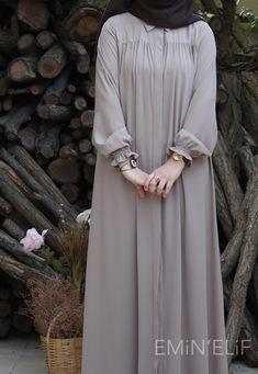 Modest Fashion Hijab, Abaya Fashion, Fashion Dresses, Muslim Women Fashion, Islamic Fashion, Stylish Dress Designs, Stylish Dresses, Moslem Fashion, Hijab Fashionista
