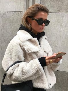 December 14 2019 at fashion-inspo Mode Outfits, Trendy Outfits, Fashion Outfits, Womens Fashion, Fashion Clothes, Fashion Ideas, Chic Outfits, Classy Outfits, Fashion Jewelry