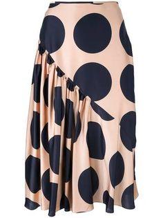Shop now Stella McCartney large polka dot print skirt for at Farfetch UK. Skirt Outfits, Dress Skirt, Silk Skirt, High Skirts, Casual Skirts, African Fashion Skirts, Fashion Sewing, Printed Skirts, Fashion Outfits