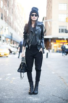 Give-your-edgy-look-Winter-upgrade-cozy-beanie-boots