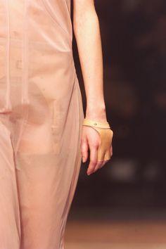 2cdd7ba0ab119b A.F. Vandevorst Spring 2001 Ready-to-Wear Fashion Show Details Ready To  Wear,