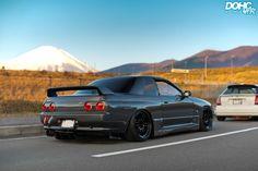 "Figure out more info on ""fast car""xx. Look at our site. Nissan Skyline Gtr R32, R32 Skyline, Nissan 370z, Drifting Cars, Japan Cars, Drag Racing, Auto Racing, Lamborghini Gallardo, Jdm Cars"