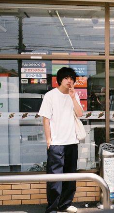Harajuku Fashion, Japan Fashion, Mens Fashion, Japanese Streets, Japanese Street Fashion, Retro Aesthetic, Aesthetic Grunge, Sup Girl, Fashion Brenda