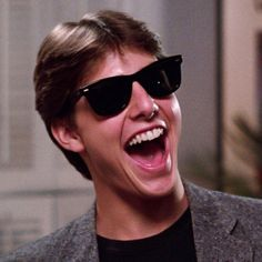 Tom Cruise wearing Ray-Ban Wayfarer sunglasses in Risky Business - Stay tuned, we'll have these soon! Ray Ban Wayfarer, Top Gun, Edge Of Tomorrow, Cheap Ray Ban Sunglasses, Wayfarer Sunglasses, Tom Cruise Sunglasses, Popular Sunglasses, Sunglasses 2016, Sunglasses Store