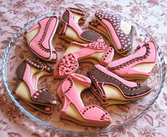 Love the shoe cookies!