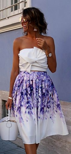 Have a fit of wisteria with this crazy-fabulous printed midi skirt. Divine Wisteria Printed Midi Skirt featured by Cristinasurdu Blog