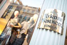 Lontoon parhaaseen ostosalueeseen kuuluvat esim. Oxford Street, Kensington High Street ja Regent Street.  #London #Lontoo #kaupunkiloma #Tjäreborg #matkavinkki