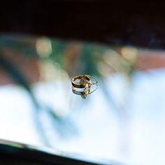 Our custom ring set captured by @jennileem for the most special #kissacek @puremagenta & @ghubacek
