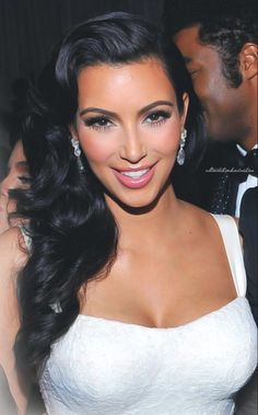 Kim Kardashian Repin & Follow my pins for a FOLLOWBACK!
