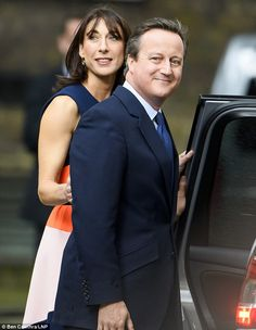 The husband and wife took one last look at their home of six years as they prepared to leave Downing Street Samantha Cameron, David Cameron, West London, Cute Couples, Daughter, Husband, Boutique, Street, How To Wear