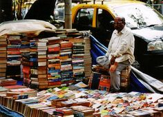 Outdoor bookseller in Kolkata [Calcutta] Delhi Red Fort, People Around The World, Around The Worlds, Indus Valley Civilization, Bay Of Bengal, Indian Photography, Largest Countries, Book Nooks, Travel And Leisure