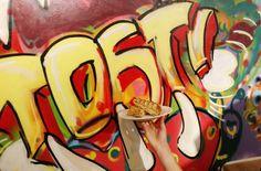 Tostiliefhebbers opgelet! Haarlem is een tostibar rijker: de Cheesy Grillah. Vriendinnen Wieteke Doornebosch en Eva Lürsen kwamen op het idee voor hun tostizaak op één van de vele reizen die ze samen maakten. Ze wilden een eigen zaak beginnen met slechts één product: heerlijke tosti's. En nu is hij er dus, in een leuk pandje …