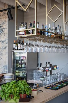 Bar Counter Design, Rustic Kitchen Design, Kitchen Room Design, Home Room Design, House Design, Modern Restaurant, Restaurant Design, Restaurant Bar, Bar Interior