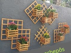 Pallet Patio Furniture, Home Decor Furniture, Diy Home Decor, Wood Shop Projects, Craft Projects For Kids, House Plants Decor, Plant Decor, Potager Palettes, Garden Wall Art