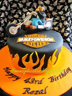 The Making: Harley Davidson Dude Cake Motorcycle Birthday Cakes, Motorcycle Cake, Motos Harley, Harley Bikes, Bolo Harley Davidson, Black Fondant, Cake Decorating With Fondant, Cake Board, Bitty Baby