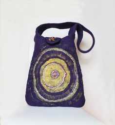 Gorgeous statement bag Felt bag Purple Boho Tote by FeltStream Purple Bags, Purple Yellow, Wool Felt, Felted Wool, Hippie Man, Felt Purse, Wet Bag, Handmade Felt, Wet Felting