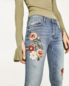 Imagen 5 de JEANS TIRO MEDIO BORDADO de Zara Jean Shirt Outfits, Cute Sweater Outfits, Cute Outfits With Jeans, All Jeans, Sweaters And Jeans, Cute Jeans, Cute Fall Outfits, Casual Jeans, Jeans Style