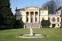 Villa Porto in Vivaro di Dueville north of Vicenza is traditionally attributed to Andrea Palladio Andrea Palladio, Classical Architecture, Architecture Plan, Verona, Rome, Villas, Art Antique, Italian Villa, Country Estate