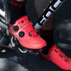Santic Capetown R1 Red Men Road Cycling Shoes – Santicireland.ie