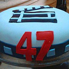 #cine #cumpleaños  #sorpresa #regalo Bicycle Helmet, Chevrolet Logo, Photo And Video, Instagram, Cycling Helmet