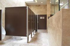 """""""Tres eles"""" es capaz de satisfacer las demandas variables de nuestros clientes. Fabricante principal de divisiones metálicas para baños en México. #mamparas #sanitarios #baños #metal #fabricantes #fabricas #mampara #construccion #proyectos #arquitectos #arquitecto #arquitectura"""