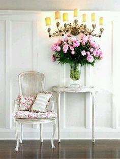 beautiful interior design and wall decor Interior Desing, Interior Exterior, Interior Design Inspiration, Color Inspiration, Interior Ideas, Modern Interior, Interior Styling, Design Ideas, Shabby Chic